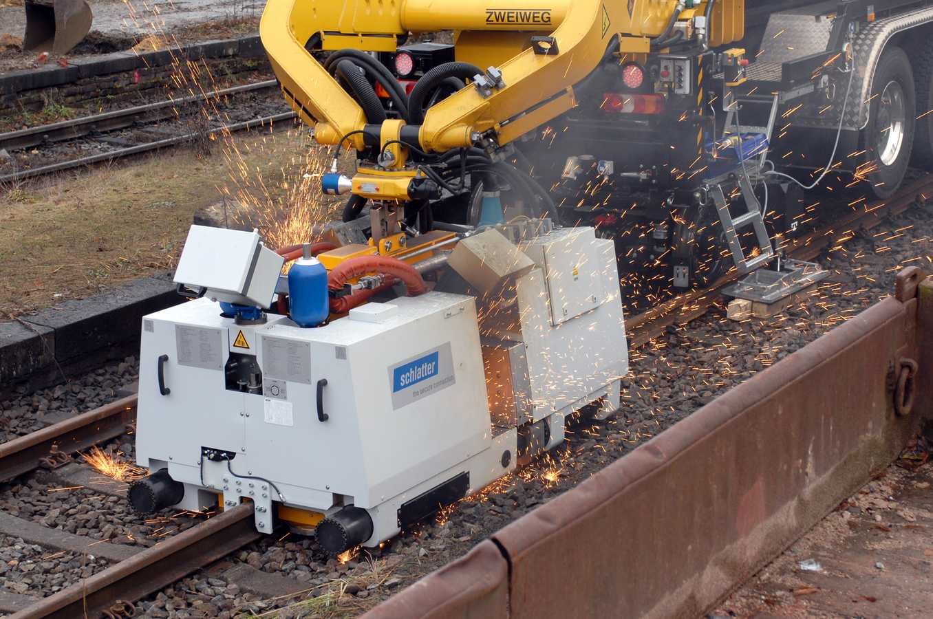 Flash Butt Welding Machines for Rails | Schlatter Group